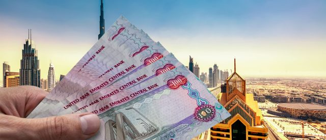 Money and currency in Dubai